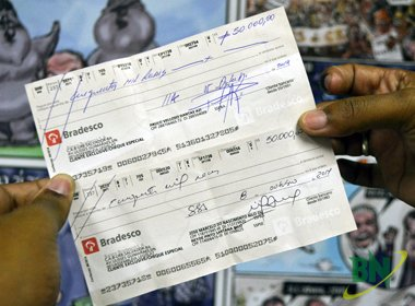 Azi e Nilo 'casam' cheques de R$ 50 mil e novo governador dirá quem vence aposta